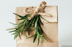 Wrapping presents with herbs // FOXINTHEPINE.COM