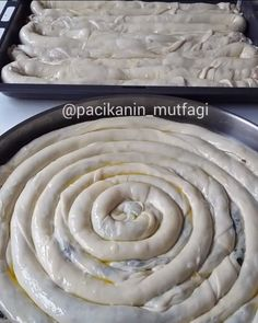 Boşnak Böreği Yapımı Icing, Food And Drink, Cooking Recipes, Desserts, Delphiniums, Turkish Cuisine, Eat, Chef Recipes, Cooking