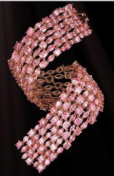Pink Diamond Bracelet-Features 204 superbly cut Natural Pink Diamonds, stones originate from the legendary Argyle Mine in Western Australia