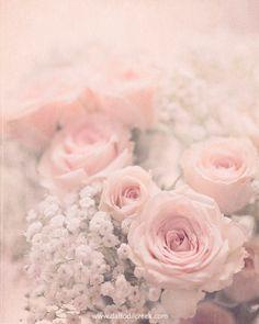 Flower Wall Art Shabby Chic Decor Pink Wall by DaffodilCreekShop Arte Shabby Chic, Rosa Shabby Chic, Shabby Chic Theme, Shabby Chic Wall Decor, Estilo Shabby Chic, Shabby Chic Interiors, Shabby Chic Bedrooms, Shabby Chic Style, Shabby Vintage