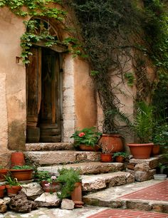 Inviting Entry in la Turbie by Barbara Eggermann - Provence Old Doors, Windows And Doors, Deco Champetre, Provence France, French Countryside, Doorway, Entrance, Beautiful Places, Italy