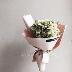 Aesthete Label love - Vaness flower