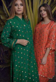 Source by Dresses Beautiful Pakistani Dresses, Pakistani Formal Dresses, Pakistani Dress Design, Pakistani Outfits, Pakistani Fashion Party Wear, Indian Fashion Dresses, Indian Designer Outfits, Arab Fashion, Fashion Beauty