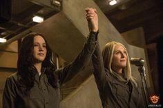Katniss Everdeen (Jennifer Lawrence) and President Coin (Julianne Moore).