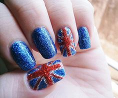 sparkely british nails