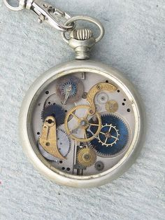 Love this Steampunk timepiece from All Things Steampunk #steampunk #steampunkfashion