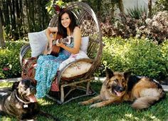 Shannen Doherty & her GSD