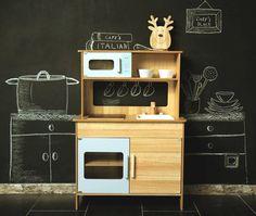 Holzspielzeug - Kinderküche aus robustem Holzt aus dem Kid'n Joy - ein Designerstück von YOU-AND-ME-Malinowska-Natalia bei DaWanda