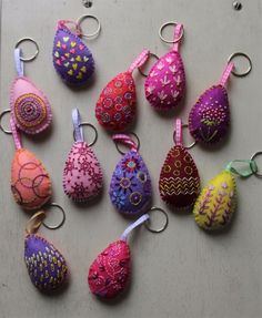 Easter Gift, Easter Crafts, Handmade Accessories, African Art, Key Chain, Craft Gifts, Flask, Easter Eggs, Gifts For Her