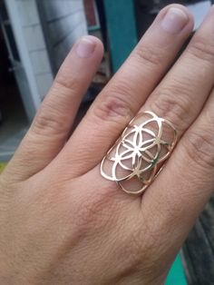 seed of life in solid yellow gold 10k  sacred geometry by KIANZO