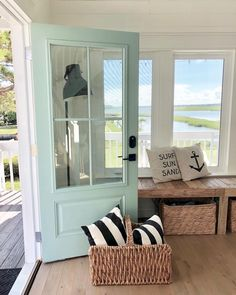 Refreshing home design with a coastal living theme and beach house style perfect inspirations for summer home updates Image 41 - /. Summer Home Decor, Coastal Entryway, House Styles, House Design, Coastal Homes, Beach House Interior, Summer House, Beach Cottage Decor, Home Decor