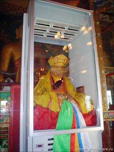 Spooky images show 164 year old Buddhist lama Dashi-Dorzho Itigilov wanders around museum to call for world peace