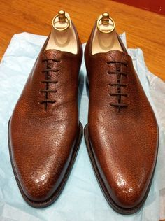 The Shoe Snob: Shoes Of The Week - Pigskin Wholecuts by Carreducker