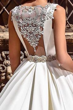 Fall In Love With These Fantastic Details Of Bridal Dresses Wedding dress details make gowns more stunning and unique. Stunning Wedding Dresses, Dream Wedding Dresses, Beautiful Gowns, Bridal Dresses, Wedding Gowns, Prom Dresses, Fall Wedding, Rustic Wedding, Bridesmaid Dresses