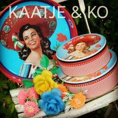 Corona dienblad & koektrommels... (Kitsch Kitchen):  www.kaatje-en-ko.com