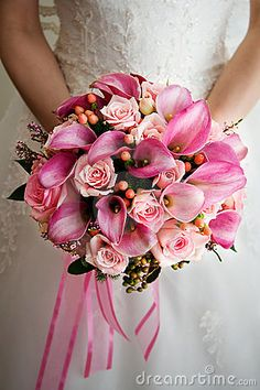 Bouquet #Pink  Wedding ...Wedding App for brides & grooms, bridesmaids & groomsmen, parents & planners ... the how, when, where & why of wedding planning ... https://itunes.apple.com/us/app/the-gold-wedding-planner/id498112599?ls=1=8  ♥ The Gold Wedding Planner iPhone App ♥