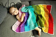 VlnaNaPredaj: Háčkovaná deka čo vyzerá ako zo štvorcov, ale nie ...