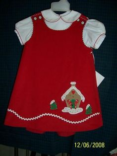 Jumper using gingerbread house applique by Ellen McCarn Girls Dresses Sewing, Sewing Kids Clothes, Little Girl Dresses, Baby Sewing, Baby Dress Clothes, Doll Clothes, Christmas Sewing, Christmas Clothes, Baby Girl Dress Patterns