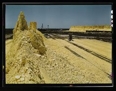Nearly exhausted sulphur vat from which railroad cars are loaded, Freeport Sulphur Co., Hoskins Mound, Texas (LOC) Visit Texas, Drilling Rig, Library Of Congress, Exhausted, World War Ii, Monument Valley, United States, History, Travel