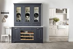 Book Your Free Kitchen Design Consultation Today. Ray Munn Kitchens offers a bespoke kitchen design service that perfectly suits the needs of you and your family. Inframe Kitchen, Kitchen Dresser, Kitchen Doors, Kitchen Paint, Home Decor Kitchen, Kitchen Ideas, Kitchen Cupboards, Kitchen Interior, Easy Kitchen Updates