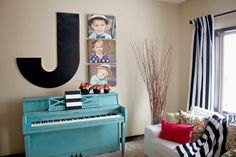 bree johnson.ca  how to paint your piano -LOVE this site!