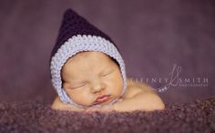 Free crochet pattern: Little Gnome Chinstrap Hat in 3 sizes from newborn through months by Danyel Pink Designs Free Baby Patterns, Crochet Baby Hat Patterns, Crochet Baby Hats, Crochet Beanie, Crochet For Kids, Baby Knitting, Free Crochet, Crochet Children, Crochet Ideas