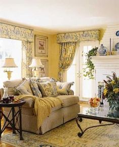 Notice how the pelmet boards match the window and door area together - very… - - Cottage Living, Home Living Room, Living Room Decor, Cozy Cottage, Living Area, French Decor, French Country Decorating, Sala Vintage, French Country Living Room