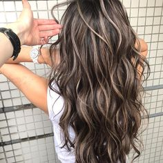Best Hair Colors & Top Hair Colors Trends in 2019 122 gradient blends of lob styles for women - page Brown Hair Balayage, Brown Blonde Hair, Black Brown Hair, Dark Hair With Highlights, Brunette With Blonde Highlights, Brown Hair With Highlights And Lowlights, Long Brunette, Colored Highlights, Light Hair