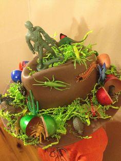Crazy Hat Day, Crazy Hats, Easter Bonnets For Boys, Easter Bunny, Fall Crafts, Easter Crafts, Crafts For Kids, Easter Hat Parade, Little Monkeys