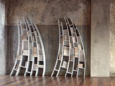 Librería de madera PRIMO QUARTO by Saba Italia diseño Giuseppe Viganò