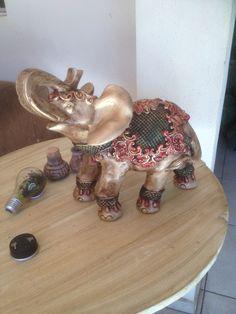 Elefante de gesso pintura e patina