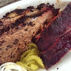 Fantastic brisket and ribs from @pappacharliesbbq today. 5 stars.  #BBQ #HouBBQ #Houston #Texas #TexasBBQ #TMBBQ #myfab5 #foodbloggers #houstonfood #slgt