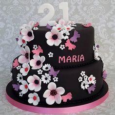 Resultado de imagem para Pretty Birthday Cakes For Women 21st Birthday Cake For Girls, Pink And Gold Birthday Party, Pretty Birthday Cakes, Pretty Cakes, 20th Birthday, Brush Embroidery Cake, 21st Cake, Girl Cakes, Themed Cakes