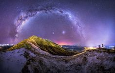 Shared by elhamiatart #astrophotography #contratahotel (o) http://ift.tt/1nFb8Cr @undersoulphotography  #4 of my top 10 the most difficult to put together panorama I've ever shot! Took over 3 hours in photoshop to process! So worth it though! ;) #queenstown #queenstownnz #queenstownlive #astro  #milkyway #stars #aurora #winter #snow #night #nightphotography #nightimages #warrenjc #panorama #ig_astrophotography #earthpix #earth_shotz #awesome_earthpix #fantastic_earth #fantastic_shotz…
