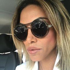 Bildergebnis für sexy girl mit sonnenbrille