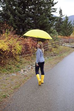 Blogger Kerry braves the storm in her Yoga Jeans™, via Snickerdoodles