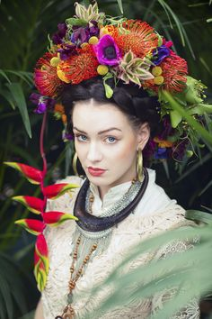 Tropical Flower Crown | Tanja Wesel of Tausendschön Photographie