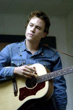 Despite a short-lived start on series television, Academy Award-winning actor Heath Ledger moved into features as a heartthrob in teen films, quickly developing into one of Hollywood's most prominent. Heath Legder, Heath Bars, Heath Ledger Young, Todd Haynes, Brokeback Mountain, Australian Actors, Hey Jude, Cinema, The Martian