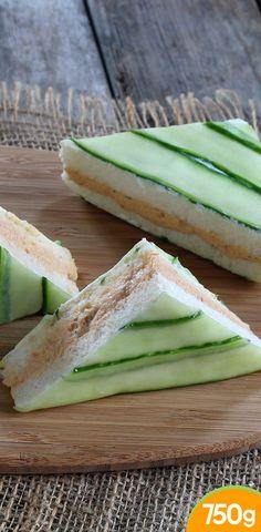 Mini sandwich au saumon et concombre