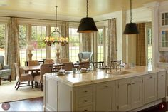 Great Kitchen and Breakfast Room