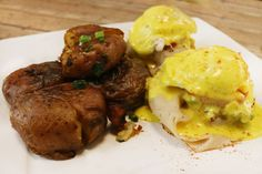 Peppered Turkey Benedict with smashed potatoes. Food Styling by social media marketing company, Crowd Siren in #Vegas. http://crowdsiren.com