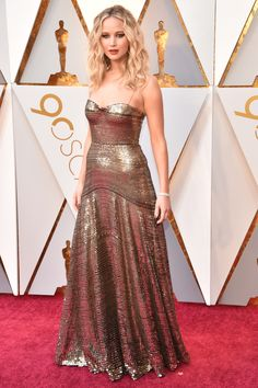 Jennifer Lawrence in Dior on the 2018 Oscars Red Carpet