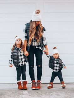 Cyber Monday Gifts My Looks The Girl in the Yellow Dress Mother Daughter Photos, Mother Daughter Matching Outfits, Mother Daughter Fashion, Mom Daughter, Matching Family Outfits, Mom And Baby Outfits, Little Girl Outfits, Kids Outfits, Cute Outfits