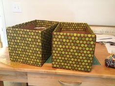 Cómo forrar una caja de cartón para almacenaje