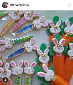 How cute are these bunnies from @thepaintedbox using our bunny in carrot Cookie Cutter? ? She always does an outstanding job and has a unique artistic style! Thank you Angela, for tagging us! :)  #thepaintedbox #easter #esstercookiecutters #cookiedecorating #3dprinting #3dcookiecutters