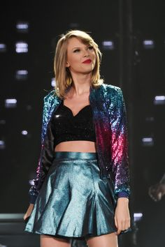 You need to see all 11 outfits Taylor Swift is wearing on the 1989 World Tour - Sugarscape.com