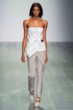 These pants are so subtle but so rockin! Marios Schwab S/S15 #ss15 #lfw #fashion