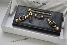 balenciaga wallet so good had for many years! Just keeps getting better