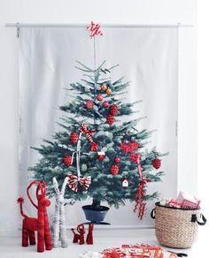 Pynt dette alternative juletræ med alt det fine julepynt du har lyst til og undgå et juletræ, der drysser.