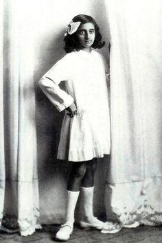 Young Indira Gandhi (age 12-14?)